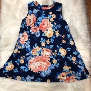 Amy Byer S Small Girls dress floral design